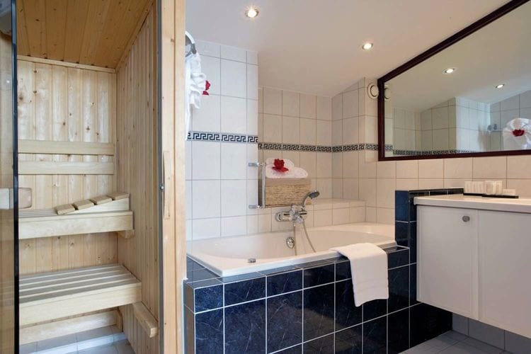 Holland | North Sea Coast North | Holiday home Strandzicht I | all year | BathRoom