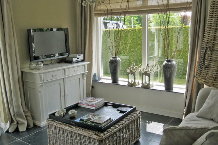 Holland | Friesland | Holiday home River Side | all year | LivingRoom