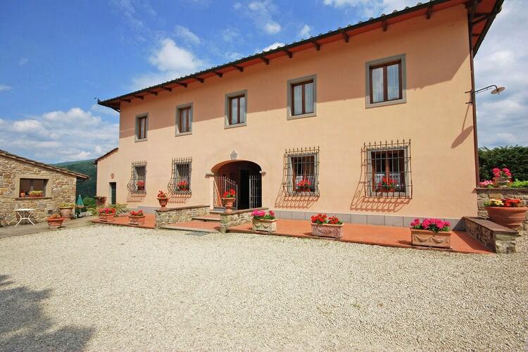 Dicomano Vakantiewoningen te huur Gezellig huisje gelegen in het groen van Toscane