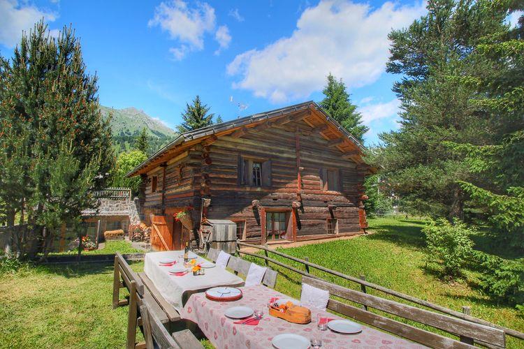Vakantiewoning  met wifi  Bellamonte  Appartement in een typische baita in de Dolomieten met sauna en Turks stoombad