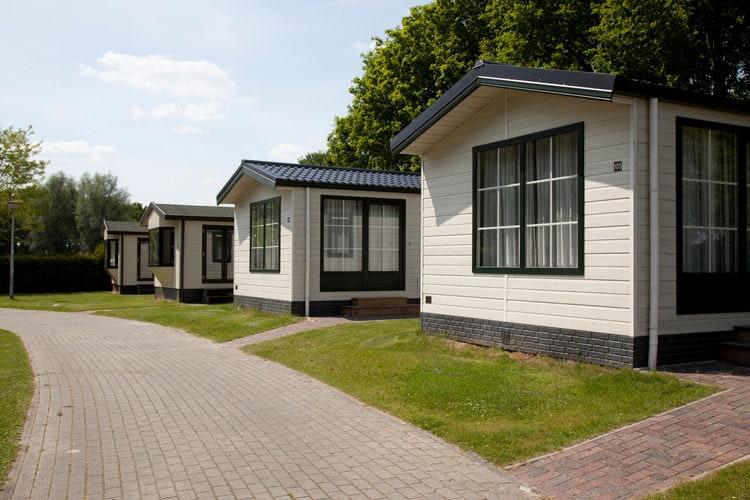 Vakantiehuizen Nederland | Drenthe | Chalet te huur in Gasselternijveen met zwembad  met wifi 4 personen