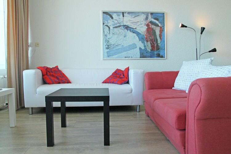 Zandvoort Vakantiewoningen te huur Comfortabel vakantie-appartement met balkon in Zandvoort, direct aan zee