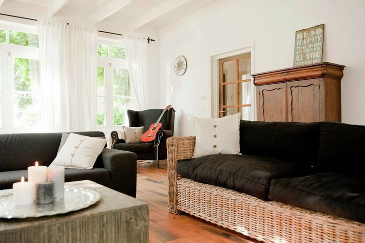 Holland | North Sea Coast North | Holiday home Zonnig Bergen | all year | LivingRoom
