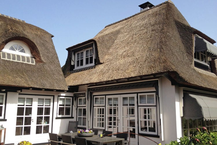 Holland | North Sea Coast North | Holiday home Villa Dorpskern | all year | ExteriorSummer