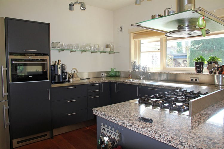 Holland | North Sea Coast North | Holiday home Villa Le Jardin | all year | Kitchen