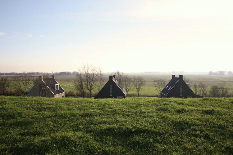 Ref: NL-5885-01 3 Bedrooms Price