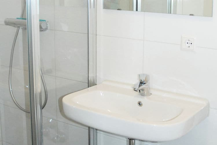 Holland | North Sea Coast North | Holiday home Cosy Egmond - Appartement 2 | all year | BathRoom