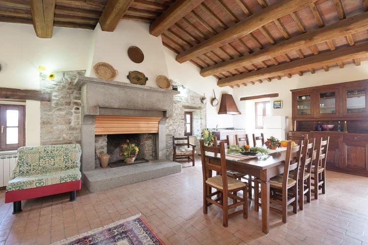 Boerderij Italië, Marche, Apecchio Boerderij IT-61042-15