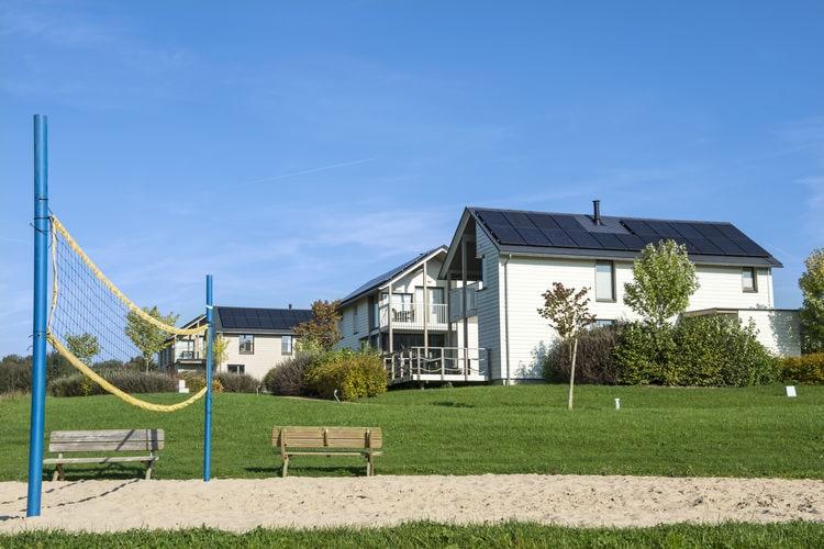 Villa België, Henegouwen, Lacs de L