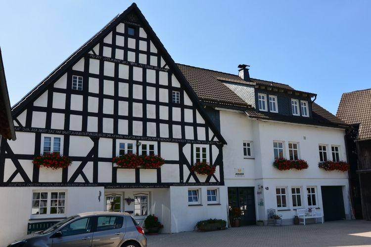 Sauerland Vakantiewoningen te huur Appartement in Sauerland op een boerderij met veel recreatiemogelijkheden
