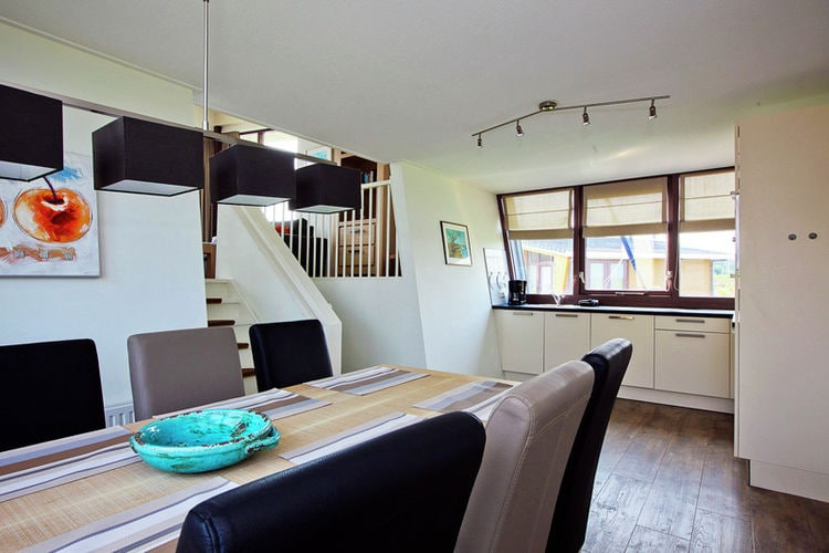 Holland | Friesland | Holiday home Marinapark Lemmer | all year | DiningRoom