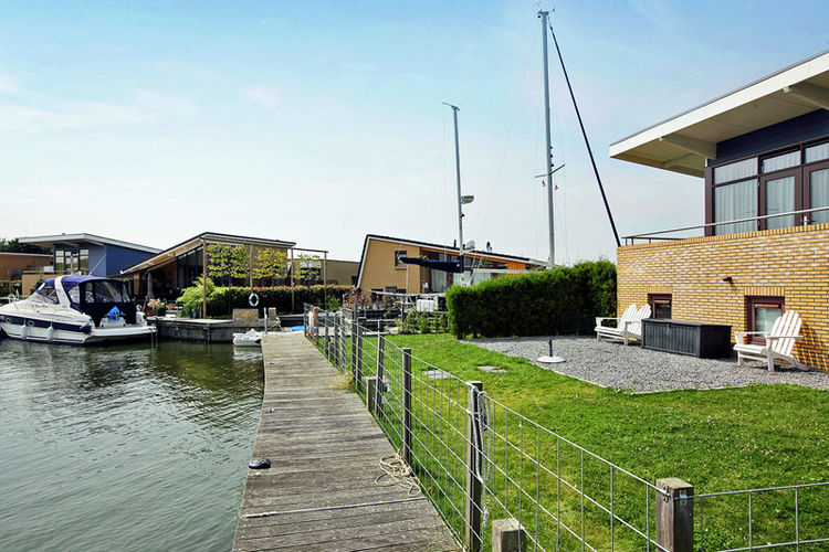 Holland | Friesland | Holiday home Marinapark Lemmer | all year | AreaSummer1KM