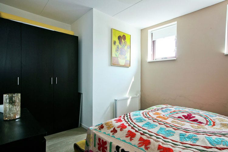 Ref: NL-6066-01 3 Bedrooms Price