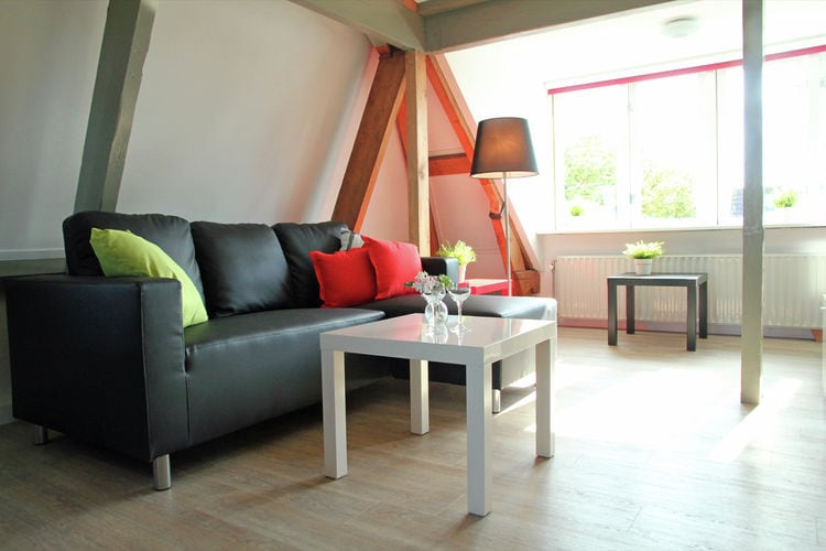 Holland | North Sea Coast North | Holiday home Cosy Egmond - Studio 4 pers | all year | LivingRoom
