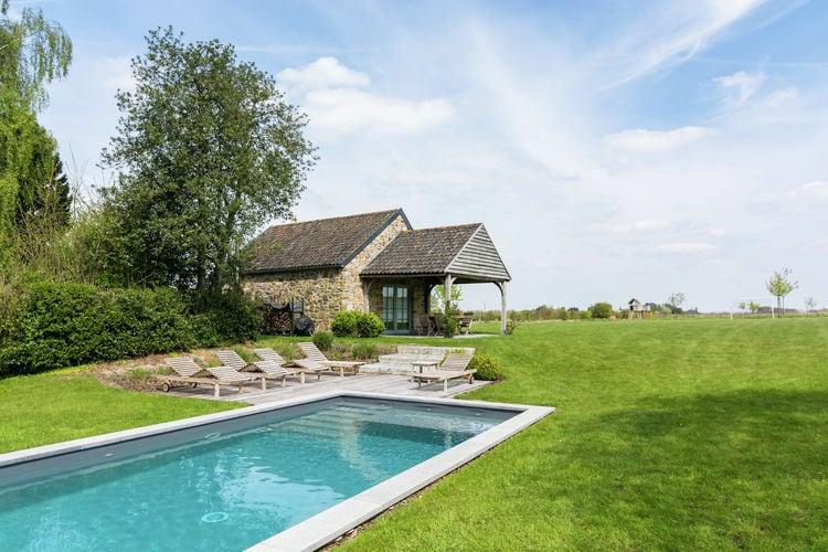 Namen Vakantiewoningen te huur Familiehuisje met verwarmd zwembad en infraroodsauna