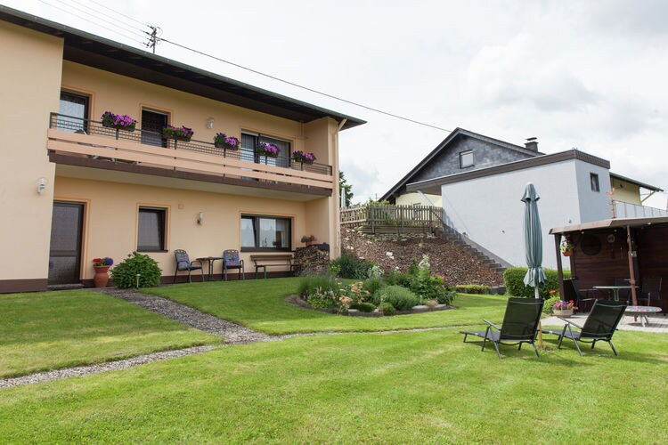 Duitsland | Hunsruck | Bungalow te huur in Morbach-ot-Morscheid   met wifi 4 personen
