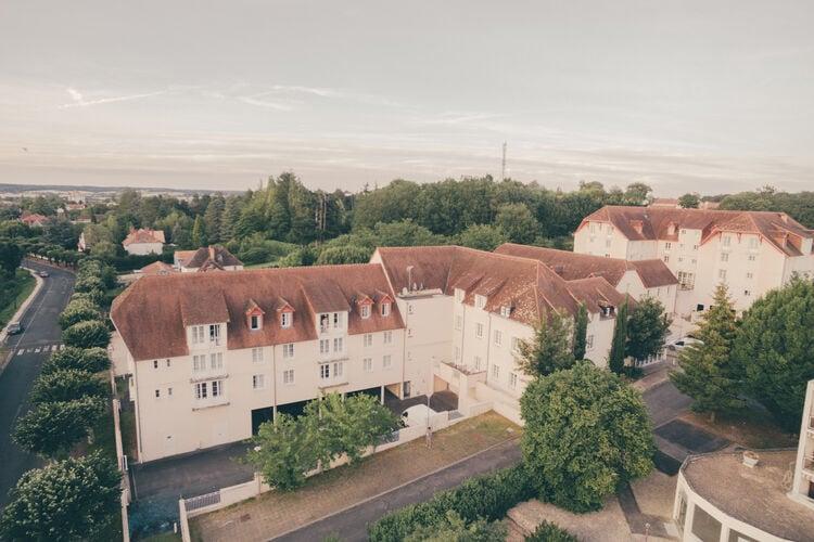 Appartementen Frankrijk | Pays-de-la-loire | Appartement te huur in La-Roche-Posay met zwembad  met wifi 6 personen