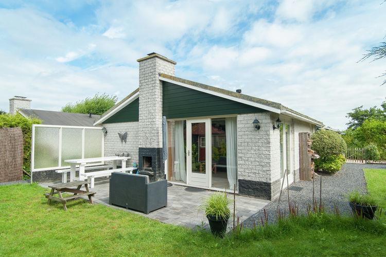 Petten Vakantiewoningen te huur Vrijstaand vakantiehuis op een gezellig park in Petten, op loopafstand van zee