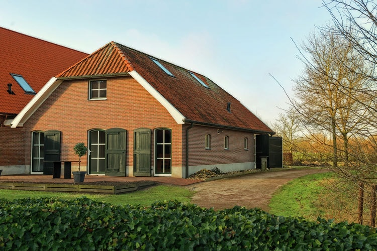 Holland | Gelderland | Holiday home De Onthaasting | all year | ExteriorSummer