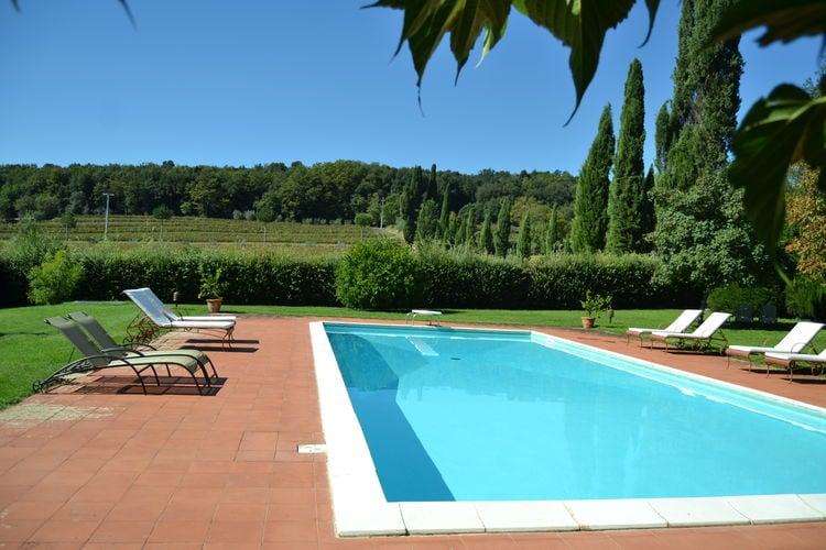 Kastelen Italie | Toscana | Kasteel te huur in Sovicille met zwembad  met wifi 4 personen