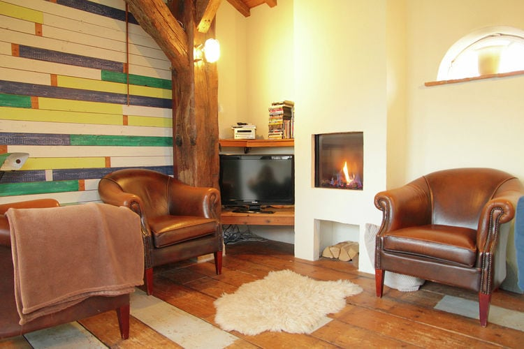 Holland | Zeeland | Holiday home Het Wagenhuys | all year | LivingRoom