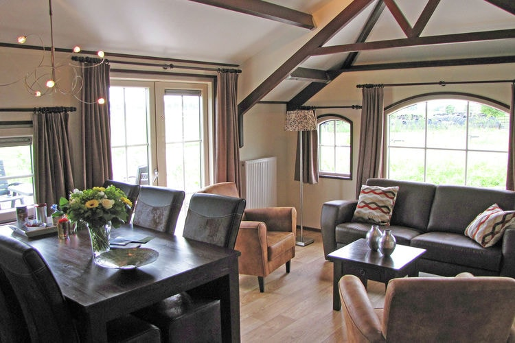 Holland | North Sea Coast South | Holiday home Het Luxe Boerenbed | all year | LivingRoom