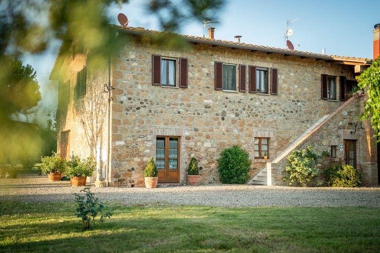 Vakantiehuizen Italie | Toscana | Vakantiehuis te huur in Pienza met zwembad  met wifi 8 personen