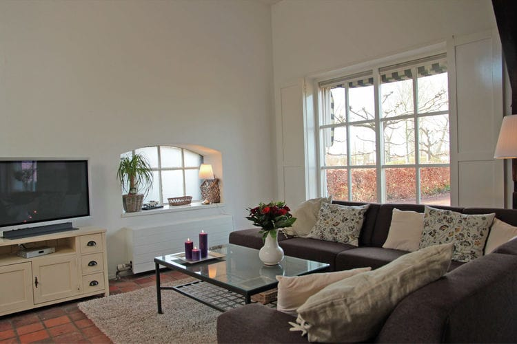 Holland | Zeeland | Holiday home Elzenhof | all year | LivingRoom