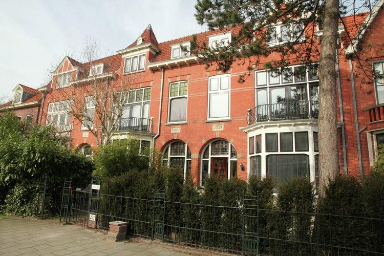 Haarlem Vakantiewoningen te huur Prachtig, karakteristiek en riant herenhuis aan de rand van Haarlem