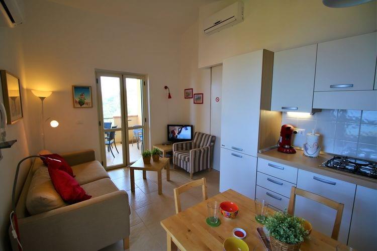 Vakantiehuizen Italie | Basilicata | Vakantiehuis te huur in Parghelia   met wifi 5 personen