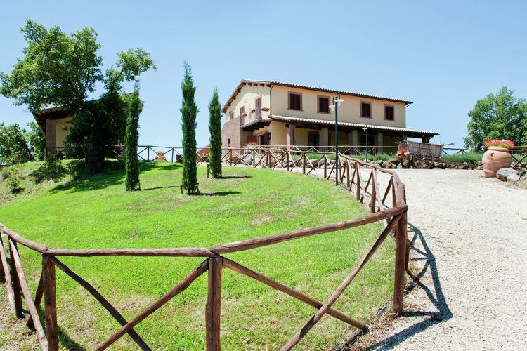 Woning Italie | Lazio | Vakantiehuis te huur in Montefiascone met zwembad  met wifi 4 personen