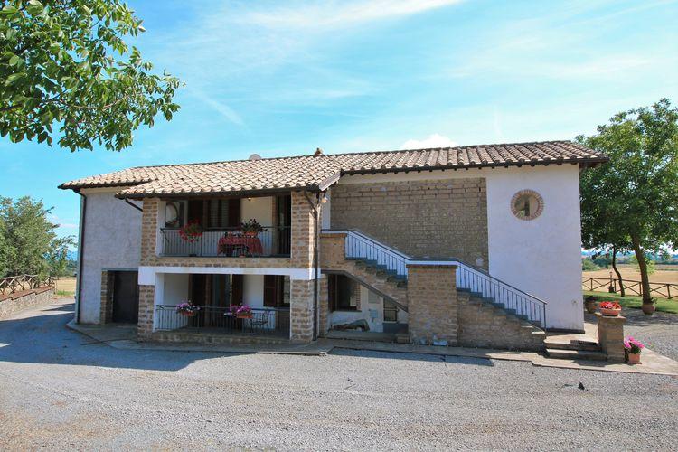 Bagnoregio Vakantiewoningen te huur Agriturismo met zwembad in gebied met geschiedenis, natuur en kunst
