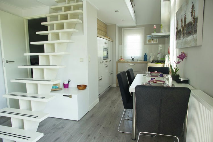 Holland | Zeeland | Holiday home Cosy Oosterschelde | all year | DiningRoom