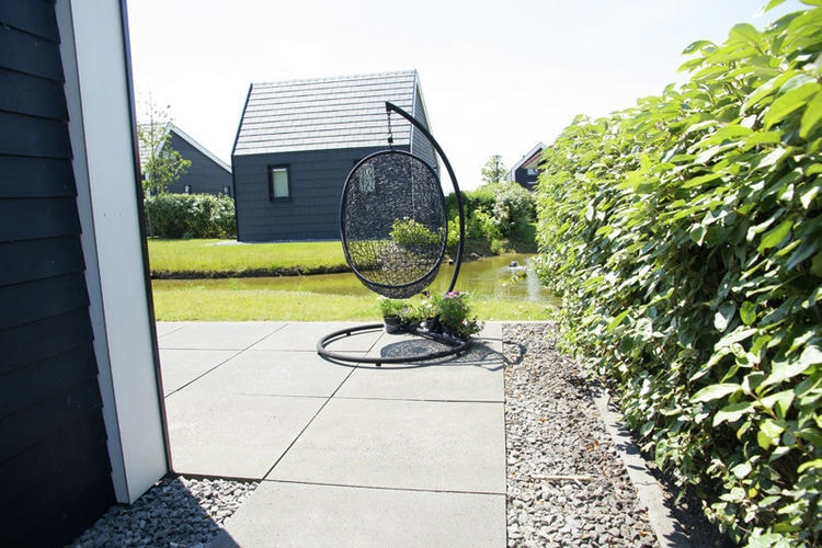 Holland | Zeeland | Holiday home Cosy Oosterschelde | all year | GardenSummer
