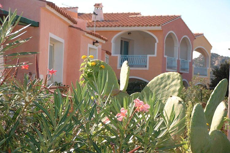 Vakantiehuizen Italie | Sardegna | Appartement te huur in San-Teodoro met zwembad  met wifi 2 personen