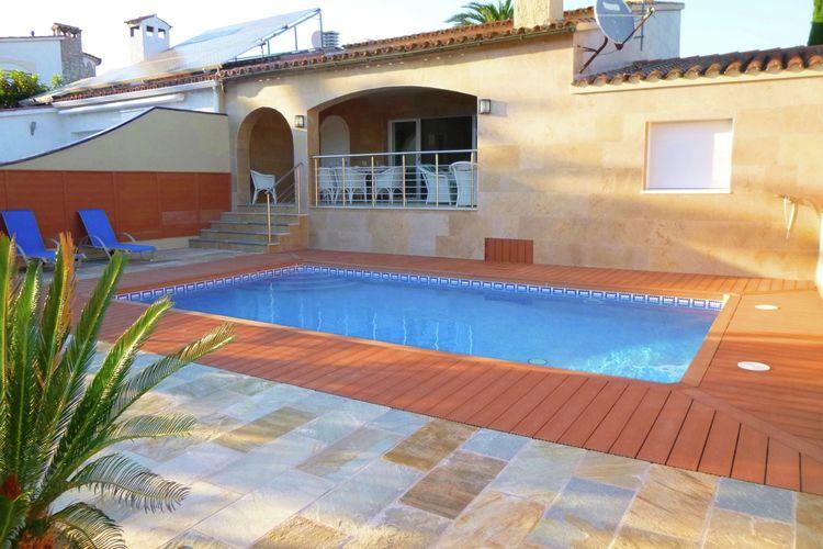 Villa met zwembad met wifi  EmpuriabravaVilla Pani A