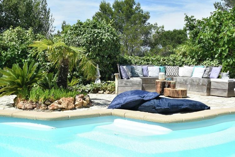 Frejus Vakantiewoningen te huur Kindvriendelijke villa met privézwembad en uitzicht bij de stranden van Fréjus