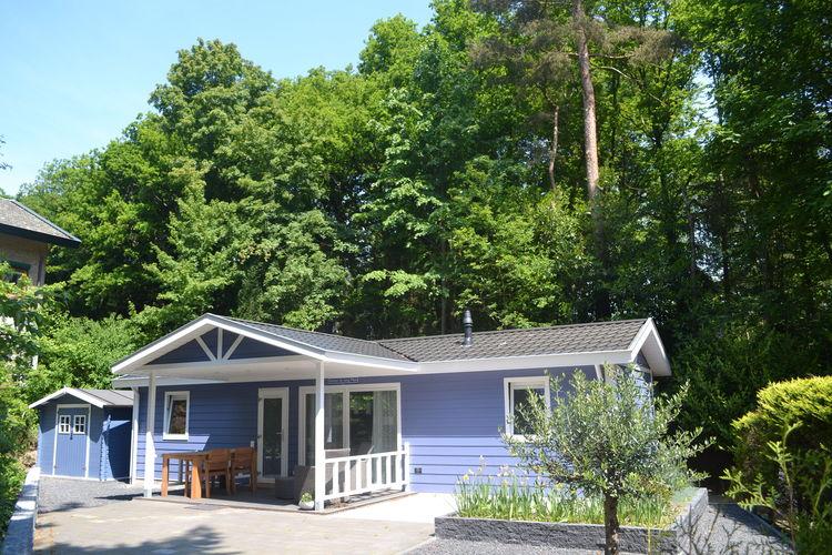 Vrijstaande cottages, gelegen op vakantiepark op de Utrechtse Heuvelrug