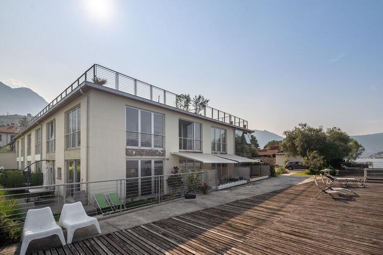 Vakantiehuizen Italie | Italiaanse-Meren | Appartement te huur in Marone   met wifi 4 personen