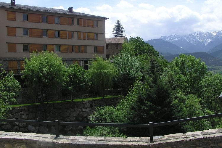 Catalunia Appartementen te huur Appartement met mooi uitzicht gelegen op park met faciliteiten zoals zwembad