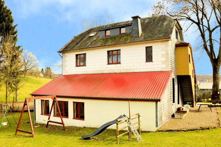 Heppenbach-Gemeinde-Amel-be Vakantiewoningen te huur Vrijstaande, rustig gelegen groepswoning met privacy door aparte ingangen
