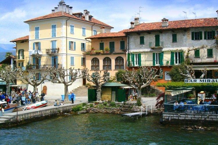 Stresa Vakantiewoningen te huur Eilandhuis op tien meter van de oevers van het Lago Maggiore
