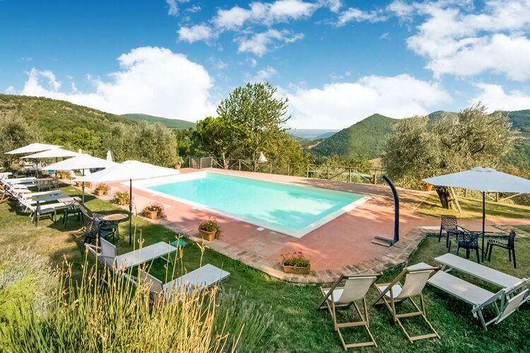 Boerderij Italië, Umbrie, Monte Santa Maria Tiberina Boerderij IT-06010-19