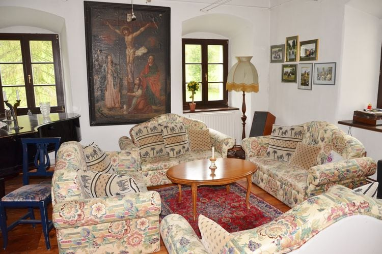 Ref: AT-9563-10 9 Bedrooms Price