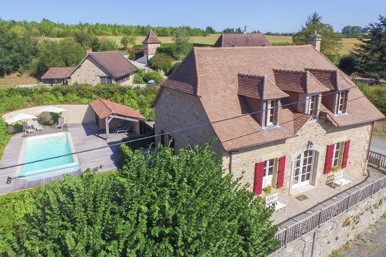 Villa met zwembad met wifi  St-Medard-DexcideuilBellevue