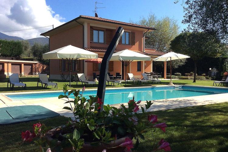 Loro Ciuffenna Vakantiewoningen te huur Villa gelegen in Toscaanse heuvels tussen Arezzo en Florence.
