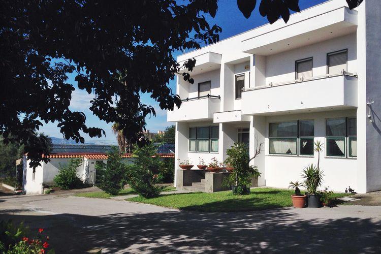 Vakantiehuizen Italie | Campania | Vakantiehuis te huur in Trecase   met wifi 8 personen