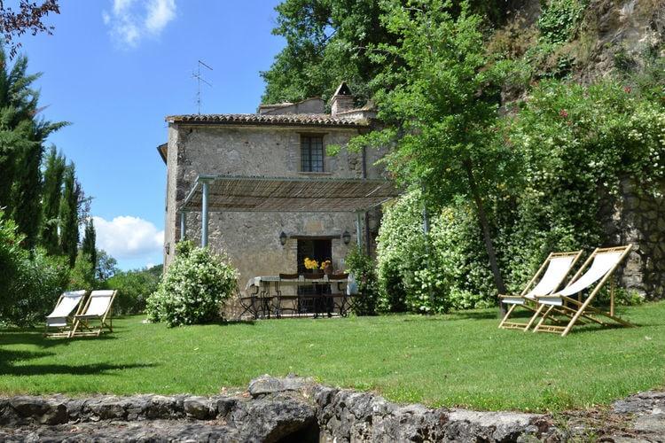 Villa huren in Umbrie - met zwembad  met wifi met zwembad voor 12 personen  Dit grote stenen landhuis met prac..