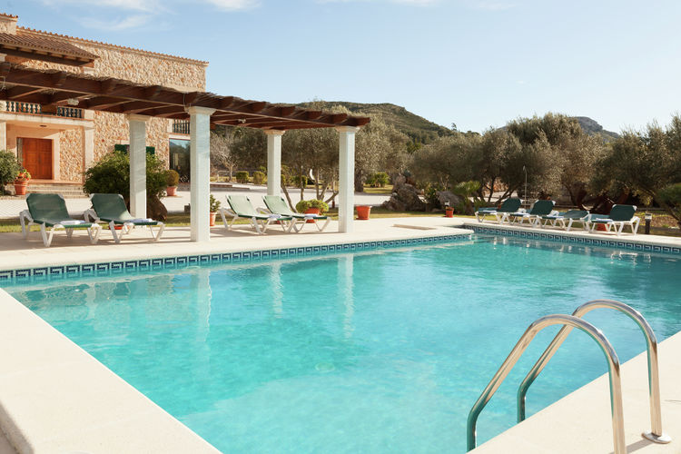 Vakantiehuizen Spanje | Mallorca | Vakantiehuis te huur in Alcudia met zwembad  met wifi 10 personen