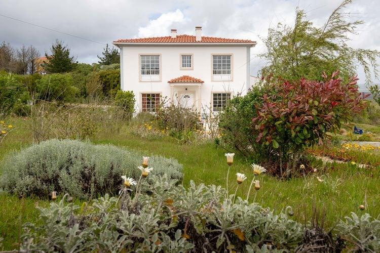 Portugal | Lisboa | Villa te huur in Caldas-da-Rainha   met wifi 4 personen